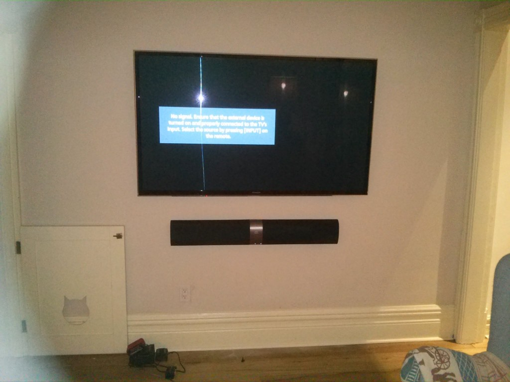Toronto Wall Mounted Sound Bar Installation And Setup Services Leslievillegeek Tv Home Theatre Cabling Wiring