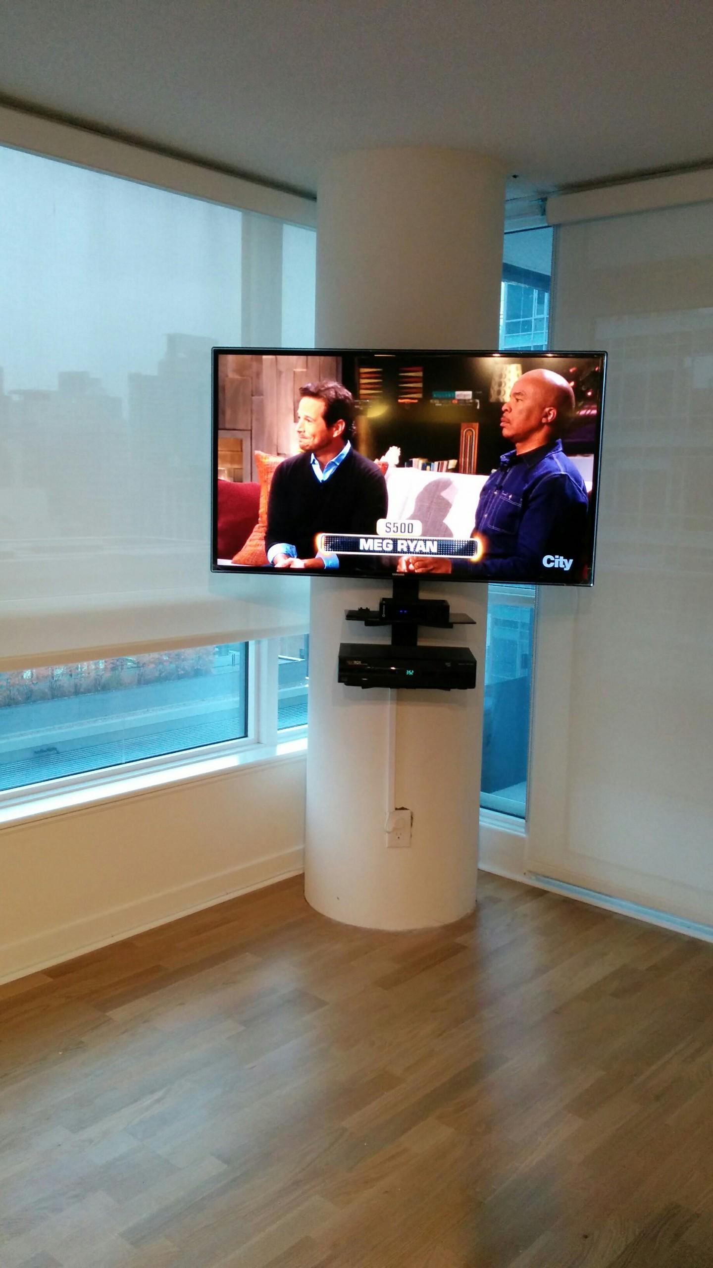Column Tv Mount with Shelve Under