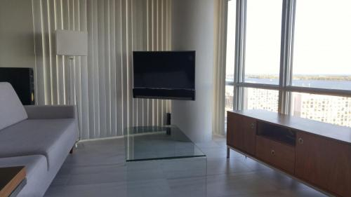 TV Wall Mounting on Concrete Pillar